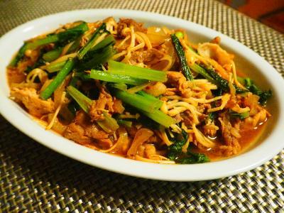牛肉と小松菜の炒め物