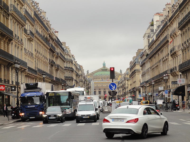 parisstreet3.jpg