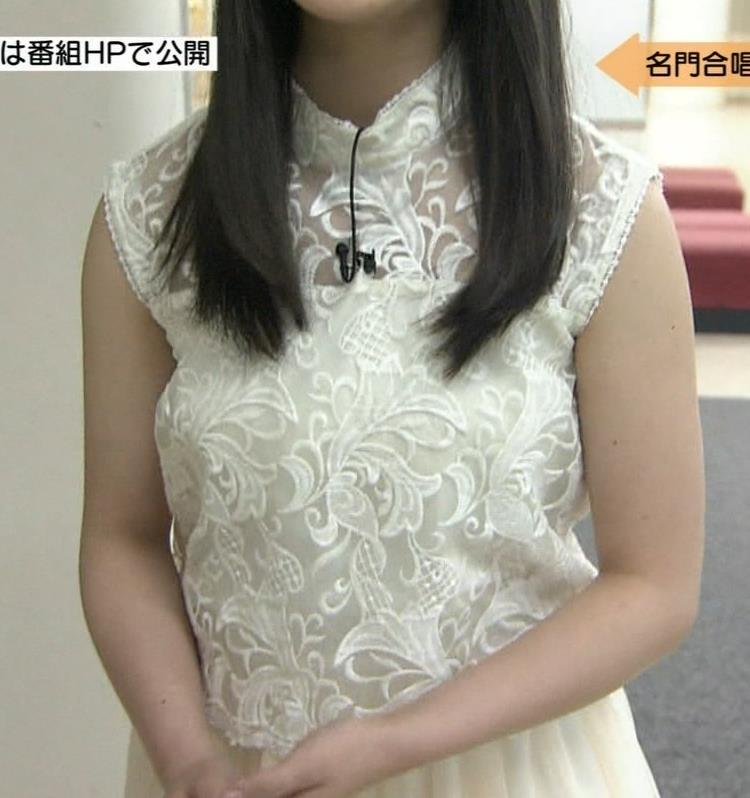 橋本環奈 巨乳画像3