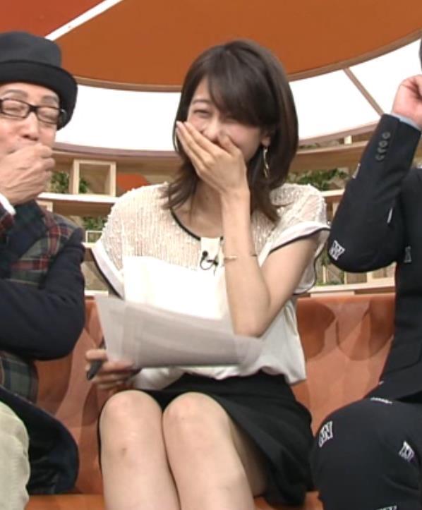 加藤綾子 太もも画像9