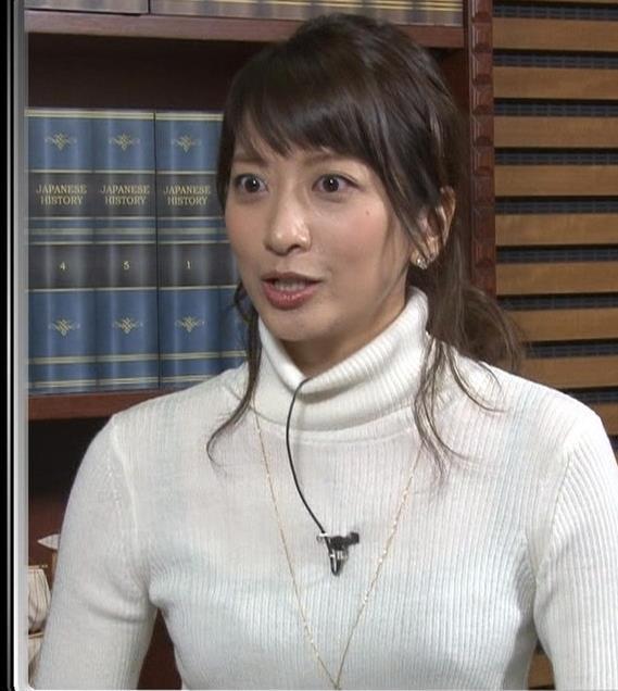 笹崎里菜 ニットおっぱい画像4