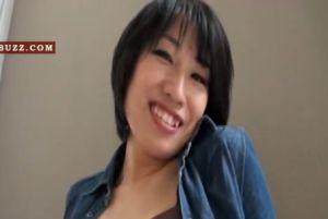 【無修正】30代露出好きな熟女人妻のカワイイお尻を犯す無料urabideo動画