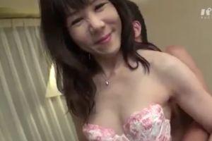【無修正】50代熟女の陰毛を剃り綺麗なおまんこ犯す無料urabideo動画