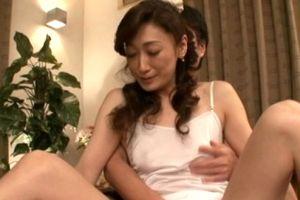 50代清楚系熟女初撮りでマン汁垂らす無料jyukujyo動画