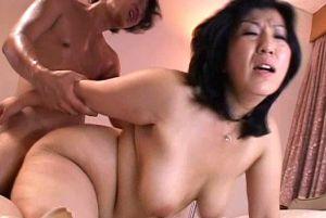 50代豊満人妻叔母ふたりとオメコする無料jyukujyoムービー