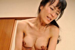 40代隣に越してきた人妻が良い女でSEXに誘ってみた無料jyukujyoムービー
