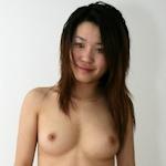 美乳女性のプライベートヌード画像5