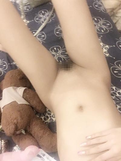 タイの素人美少女のヌード写真が流出 14