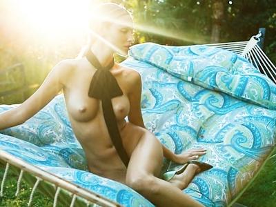 ロシアモデル Kristina Sheiter(クリスティーナ・シェイター) セクシーヌード画像 16
