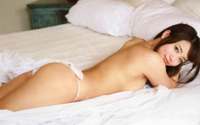 元AKB48 平嶋夏海 手ブラセミヌード画像 4