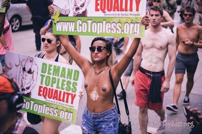 GOTOPLESS DAY 2015 _1