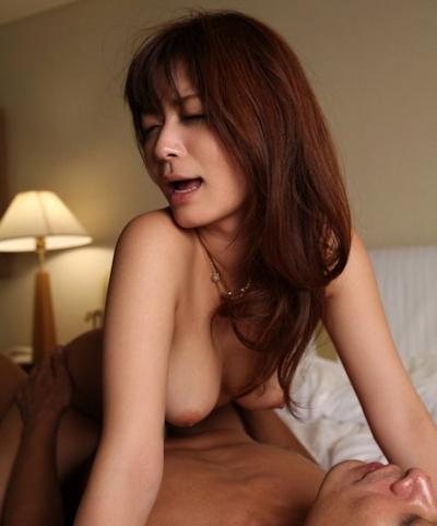 さとう遥希 セックス画像 15