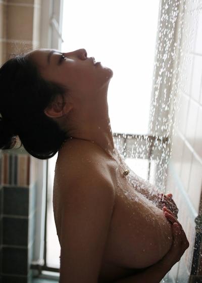 中国巨乳美女モデル セミヌード画像 7
