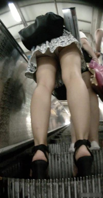 韓国のスカートの中の盗撮 1