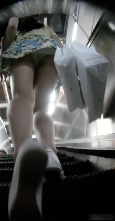 韓国のスカートの中の盗撮 2
