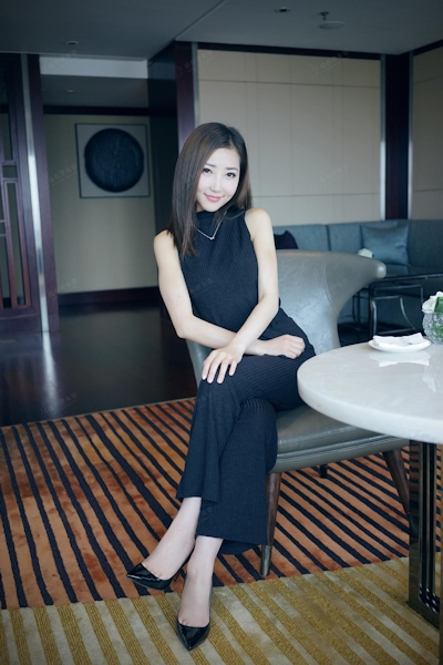中国美女モデル・尤美Yumi セミヌード画像 1