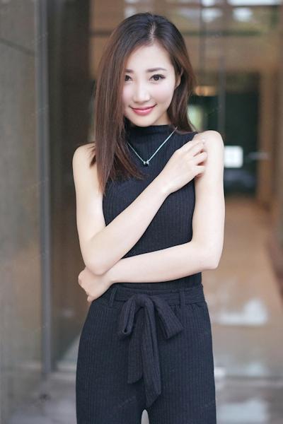 中国美女モデル・尤美Yumi セミヌード画像 3