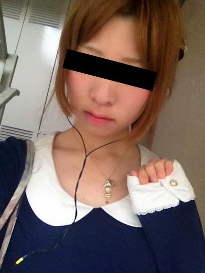 日本のギャル系美少女のヌード画像 2