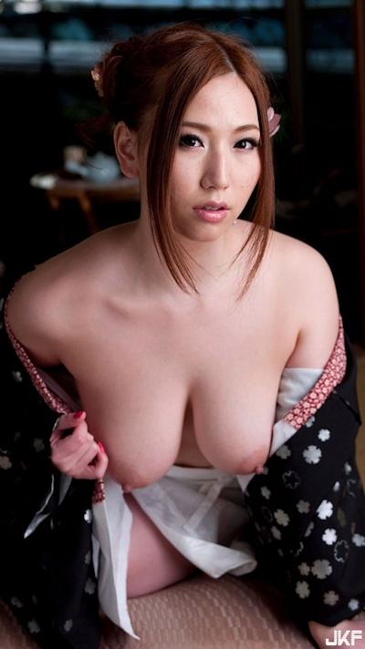 着物を着た日本美女のヌード画像 3