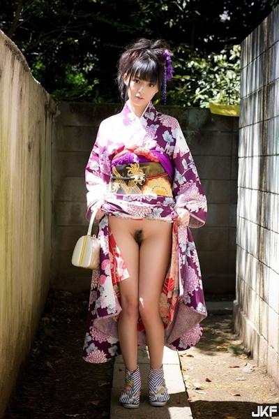 着物を着た日本美女のヌード画像 27