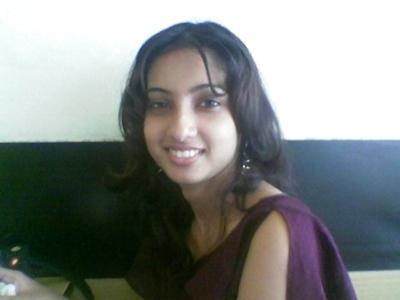インドの美人女子大生の流出ヌード画像 5