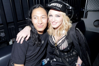 Madonna(マドンナ)の乳首ポロリ画像 2