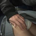 「若い女性の体を誰でもいいから触ろうと思った」 電車内で女子高生の下半身なでまわした小学校教諭を逮捕