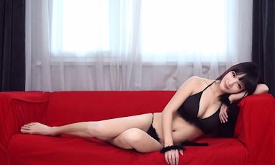 中国美女モデル 妮儿Bluelabel セクシーセミヌード画像 1