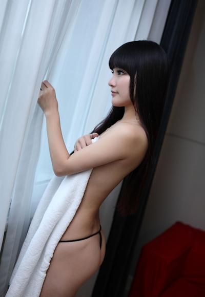 中国美女モデル 妮儿Bluelabel セクシーセミヌード画像 11