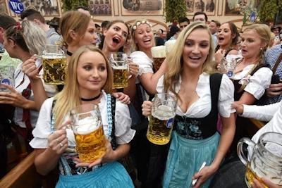 ドイツでビールの祭典 「Oktoberfest(オクトーバーフェスト) 2016」 開幕 1