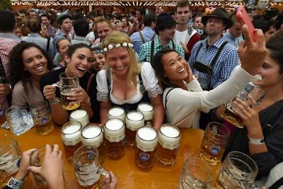 ドイツでビールの祭典 「Oktoberfest(オクトーバーフェスト) 2016」 開幕 8