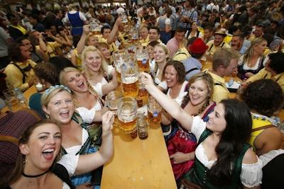 ドイツでビールの祭典 「Oktoberfest(オクトーバーフェスト) 2016」 開幕 11