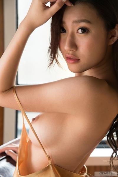 美竹すず セクシーヌード画像 7