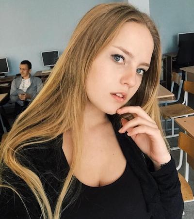 Oksana Neveselaya 9