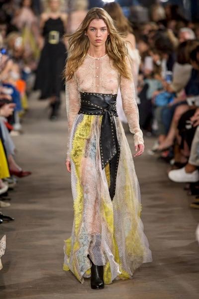Stella Maxwell(ステラ・マックスウェル) ファッションショースケ乳首 5