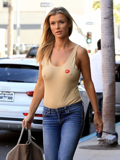 スーパーモデル Joanna Krupa(ジョアンナ・クルパ) ノーブラ乳首ポッチ画像 6