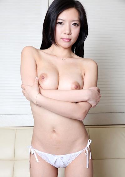 美乳な韓国美女のヌード画像 5