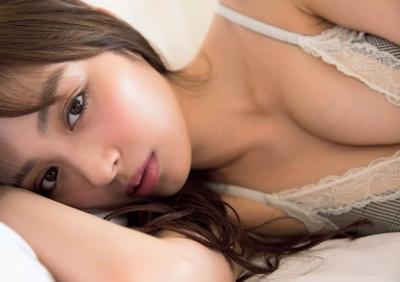 内田理央 ビキニ画像 8