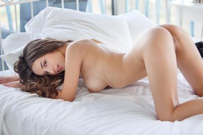 Gloria Sol Nude 14
