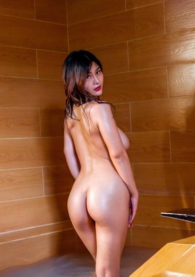 ロケット巨乳な中国美女の温泉ヌード画像 4