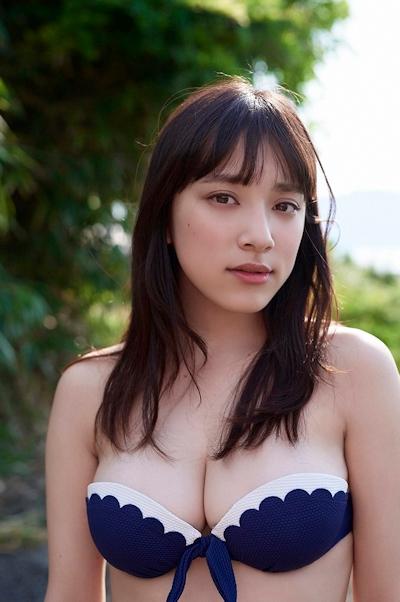都丸紗也華 ビキニ画像 7