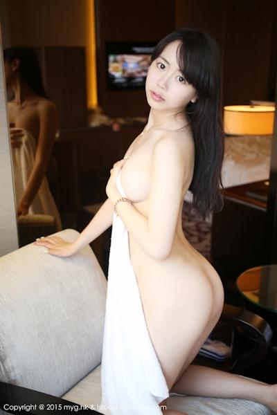中国美少女モデル 徐小宝Jessie(Xu Xiaobao) 手ブラセミヌード画像 13