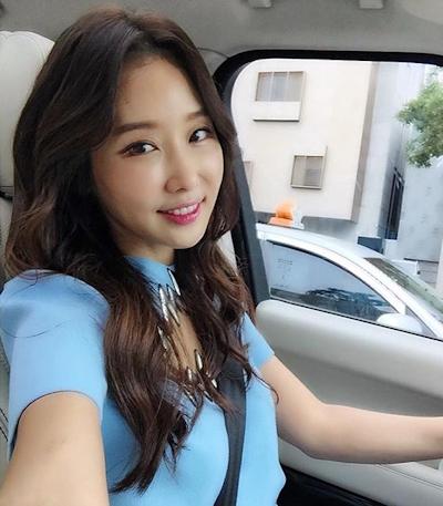 韓国の48歳美人歯科医 Lee Su Jin 1