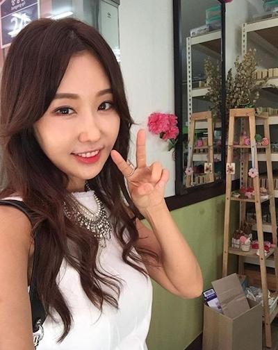 韓国の48歳美人歯科医 Lee Su Jin 3