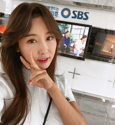 韓国の48歳美人歯科医 Lee Su Jin 6