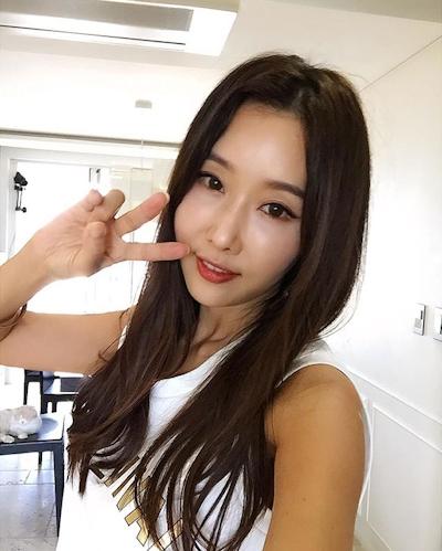韓国の48歳美人歯科医 Lee Su Jin 9