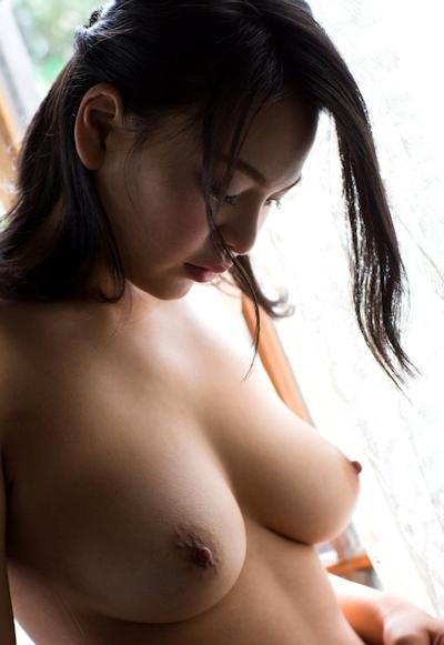 南真菜果 ヌード画像 14