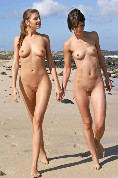 ヌーディストビーチの美女のヌード画像 20