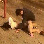 大学生カップルが路上でセックスしてるところを撮影した動画