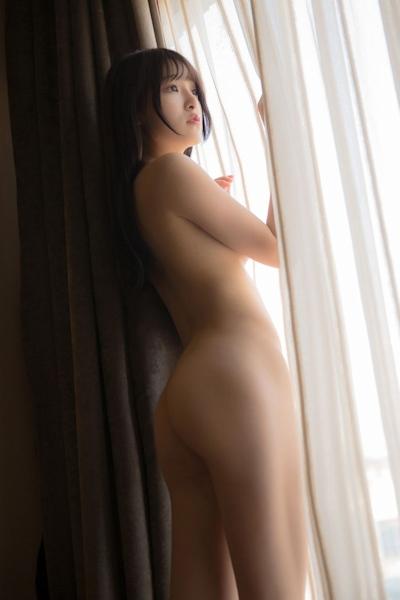 中国美少女モデル 伊小七MoMo セクシーセミヌード画像 18
